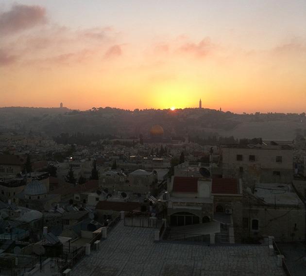 זריחה על ירושלים