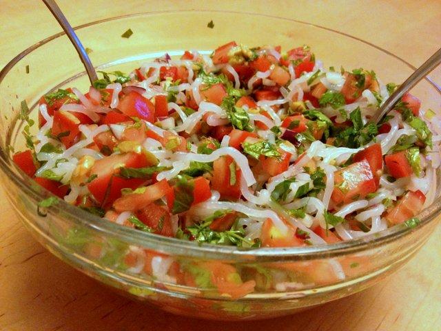 tomato_salad_skini_pasta