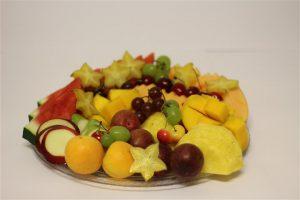 לקינוח מגשי פירות איכותיים