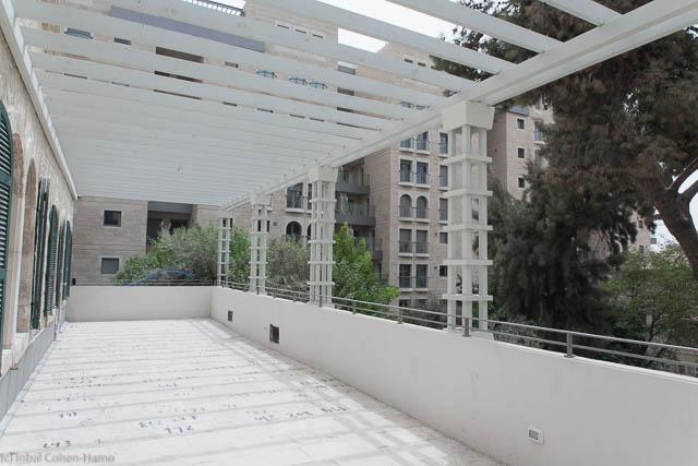 מראה המרפסת בקומה השניה