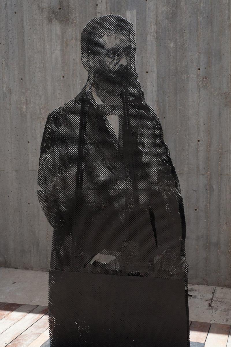 """אורי ליפשיץ, """"הרצל"""". צילום: ענבל כהן חמו"""