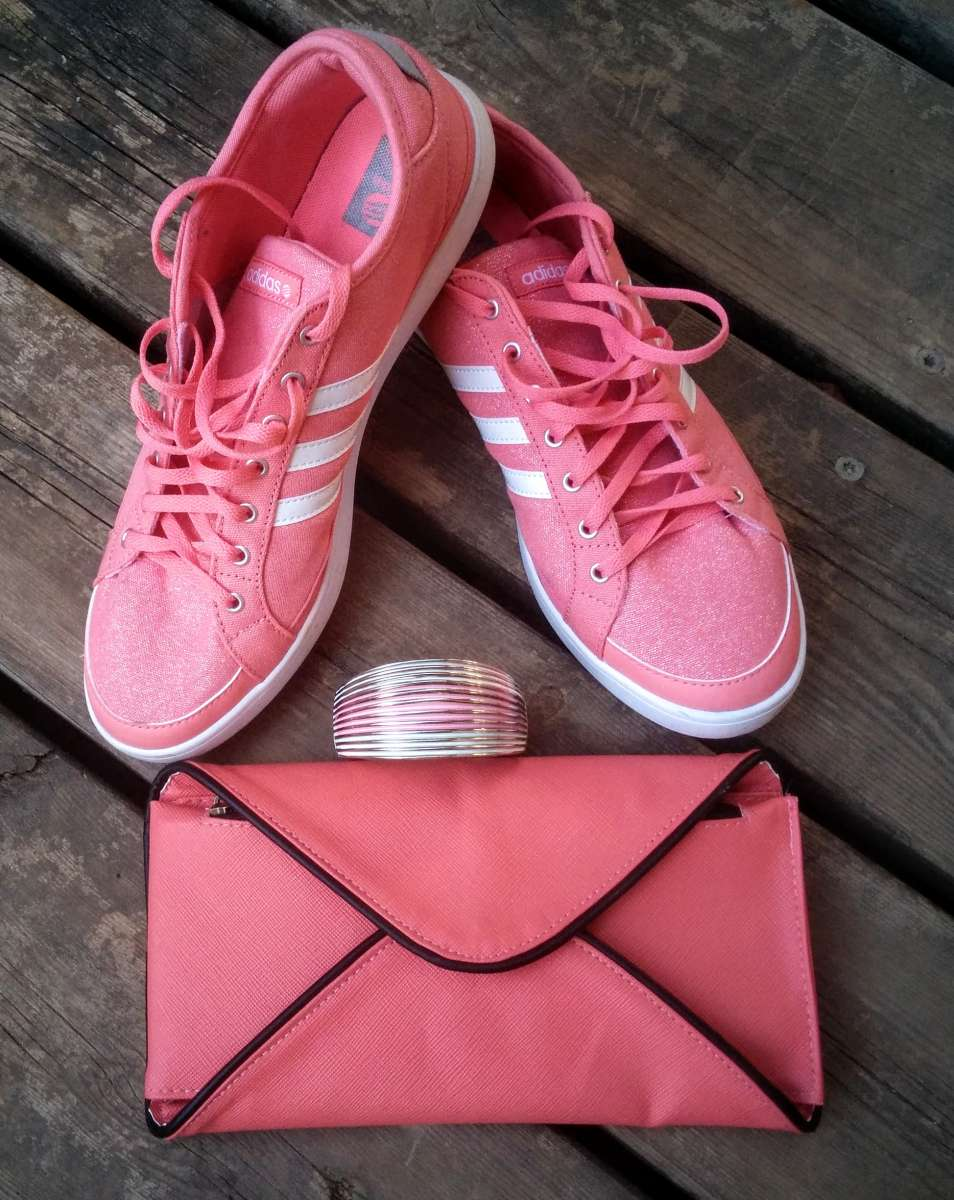 all pink 1976
