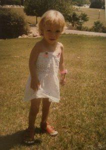 קיץ 1986. גם אז חוגגת יום הולדת בלבן