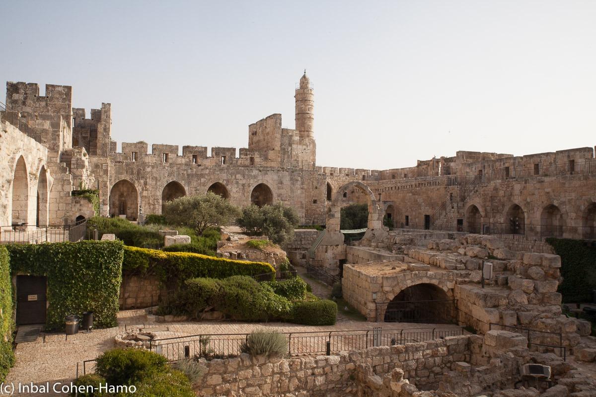חצר מוזיאון מגדל דוד. צילום: ענבל כהן חמו