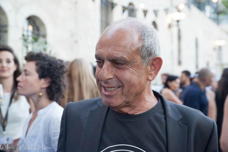 אלברט אילוז בקוקטייל הפתיחה של הפסטיבל. צילום: ענבל כהן חמו