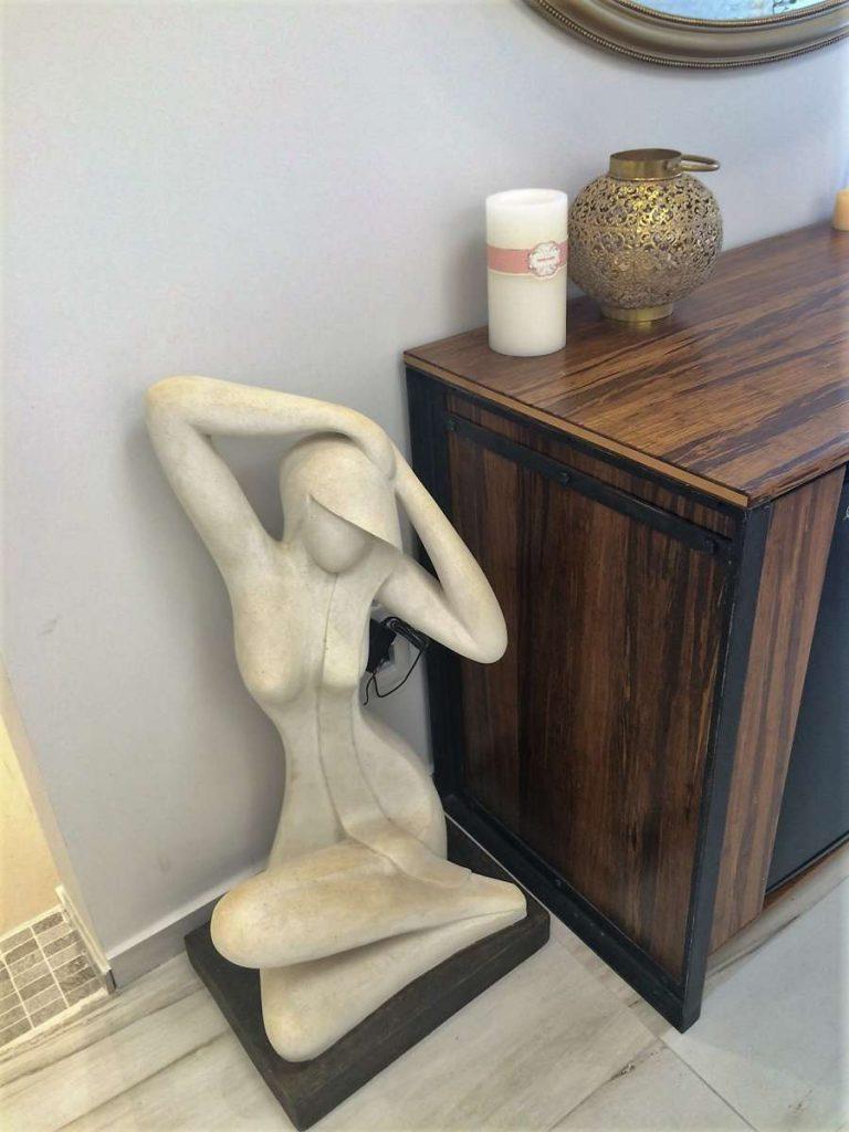 לריסה ברק קליניקה - פסל