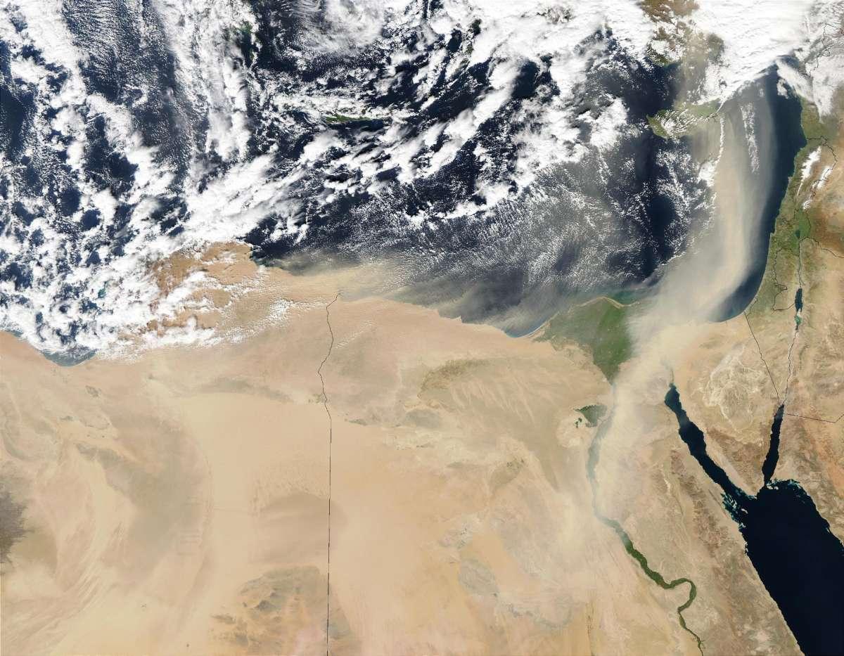 למה לא בעצם - הסודות שמאחורי טיסת החלל, תמונת סופת חול
