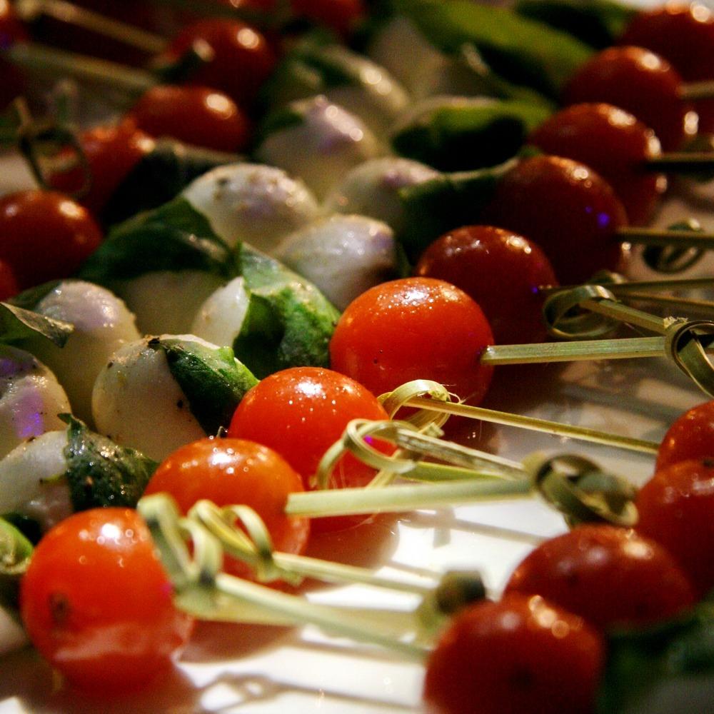 עדי קאופמן שיפודי ירקות לאירוח מסיבת קוקטייל