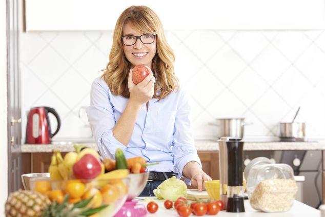 צריכה של פירות וירקות היא בסיס חיוני לתזונה נכונה (צילום: שאטרסטוק)
