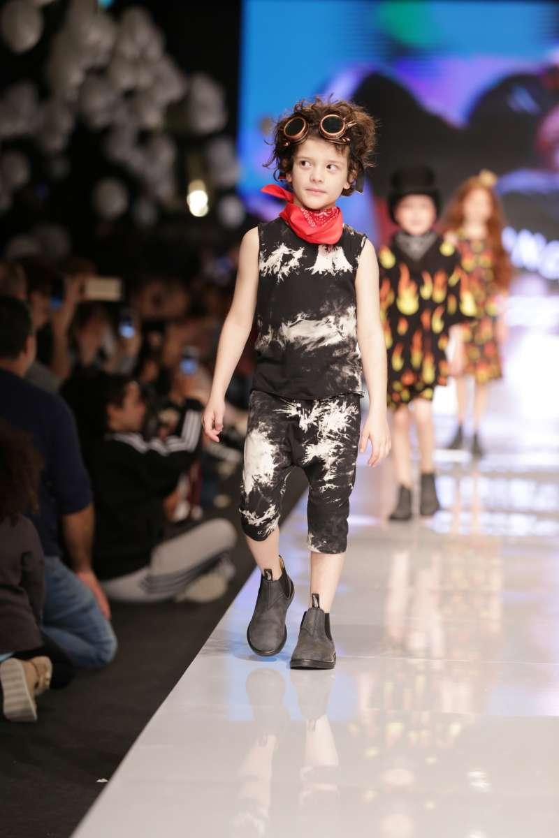 פלמינגו קיץ 2017 בשבוע האופנה גינדי תל אביב צילום אבי ולדמן (6)