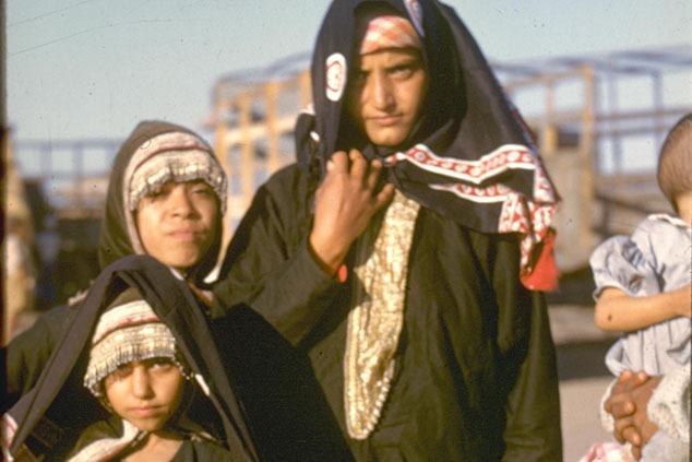 יהודיות תימניות מעדן הממתינות לעלייה לארץ ישראל (צילום: לעמ)