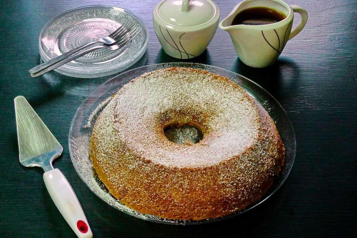 עוגה קלילה עדי קאופמן הבלבוסטע במטבח