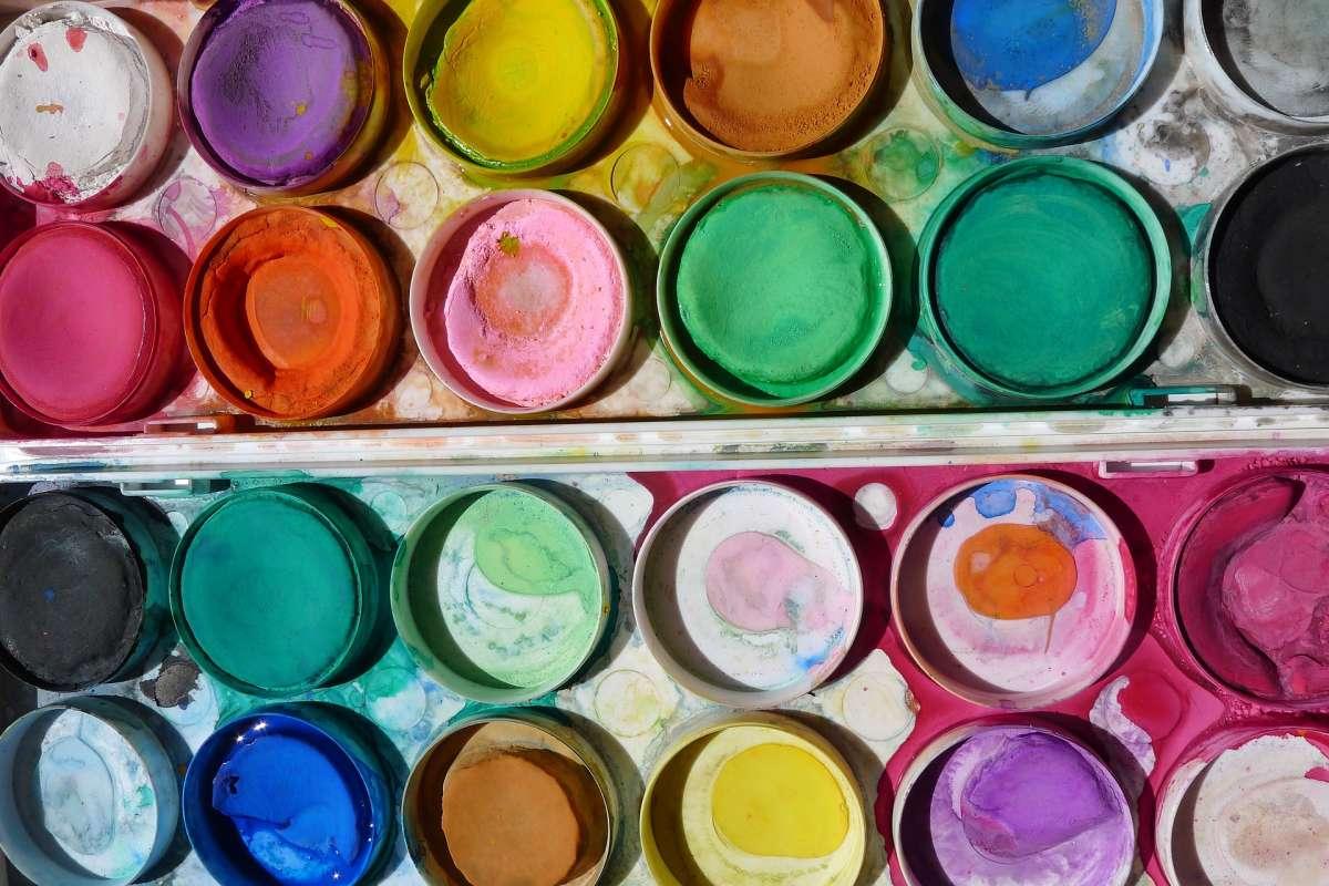 paint-958689_1920