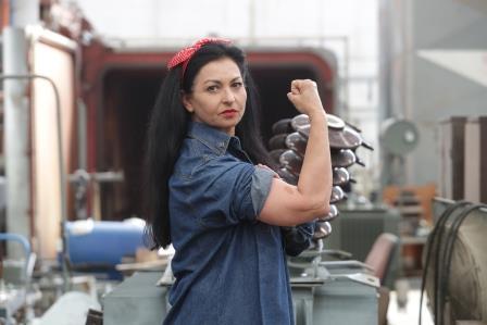 גלינה גאורגיאבה, מודדת בחברת החשמל