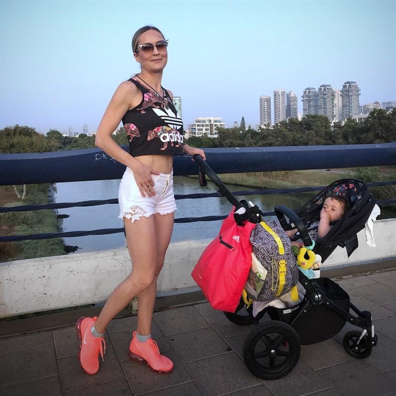 ג'ני קפלן מאמנת כושר ותזונה אוןליין ONLINE המובילה בישראל