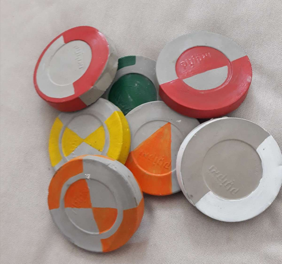 תחתיות לקפה צבעוניות