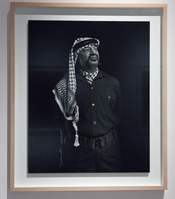 דיוקנו של ערפאת בתערוכה. צילום: ענבל כהן חמו
