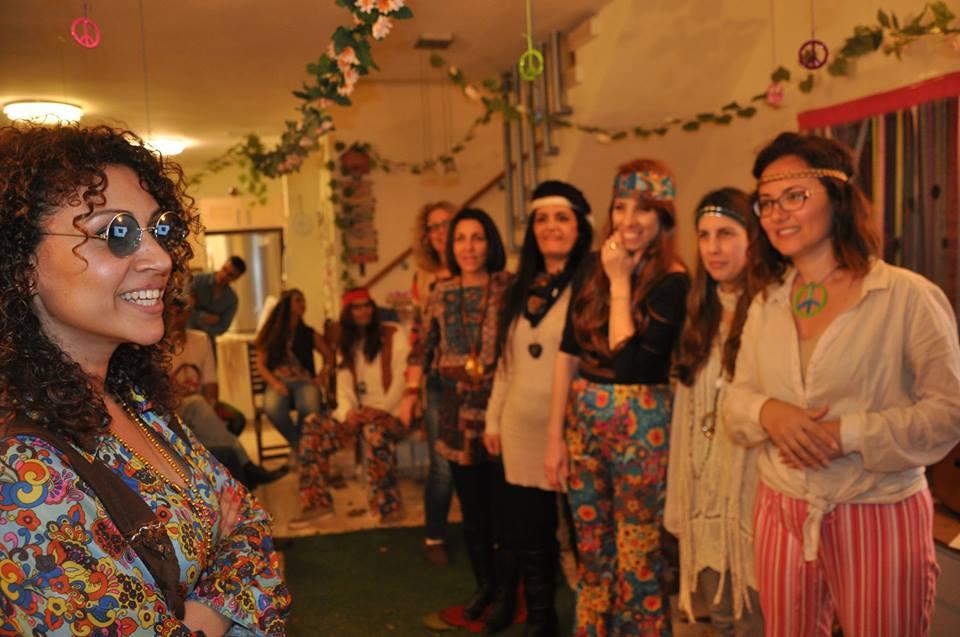 מסיבת פורים בקונספט hippies