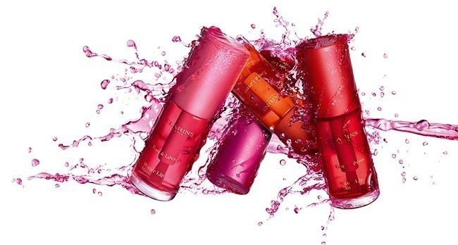 חדש בקלרינס - Water Lip Stain שפתונים עמידים על בסיס מים 145שח צילום יחצ
