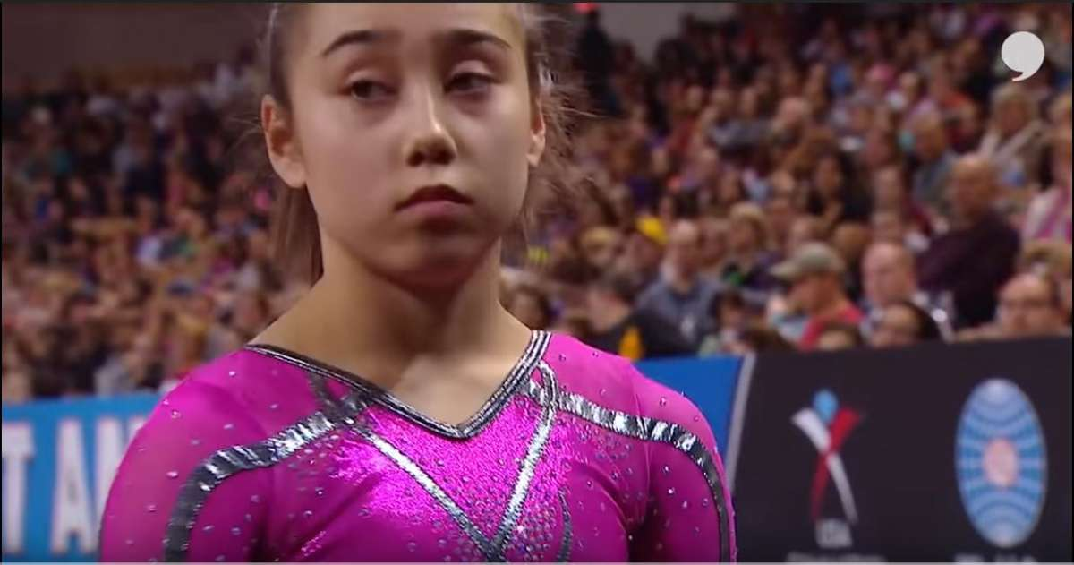 קייטלין אוהשי בת 16 בתחרות
