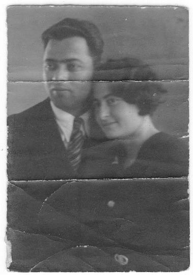 סבתא וסבא בורר בחתונתם