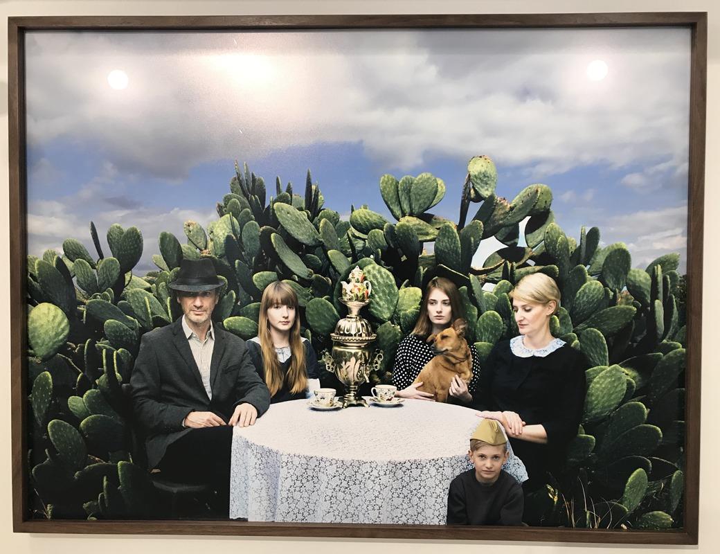 לוגמי התה, אנגליקה שר