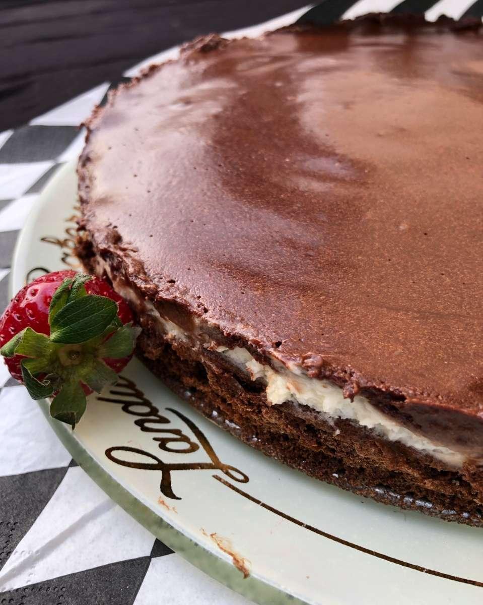 עוגת קרם שוקולד טעימה במיוחד, צילום: מיטל ארי