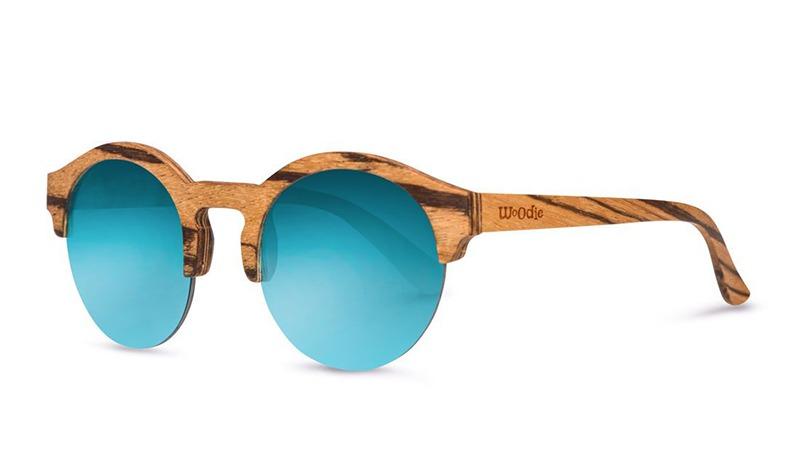 woddie משקפייםכחולים