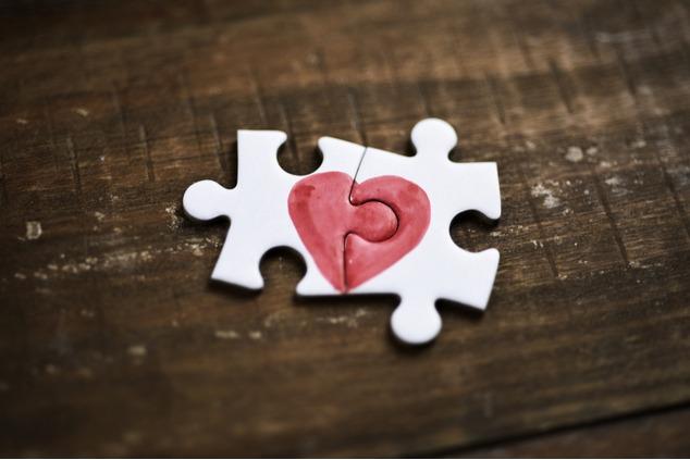 פאזל לבבות (צילום: שאטרסטוק / nito)