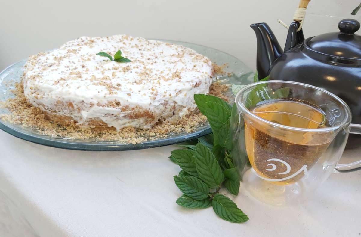 עוגה עם תה ונענע
