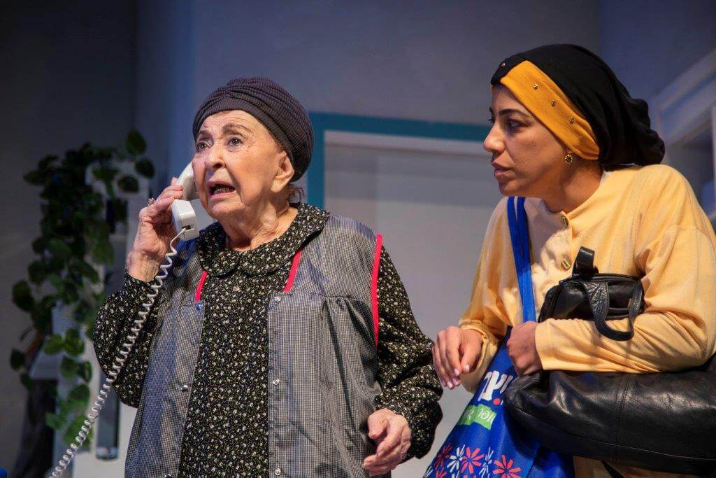 """ליא בתפקיד שושנה הבלנית בהצגה """"מקוה"""". צילום: ז'רר אלון."""