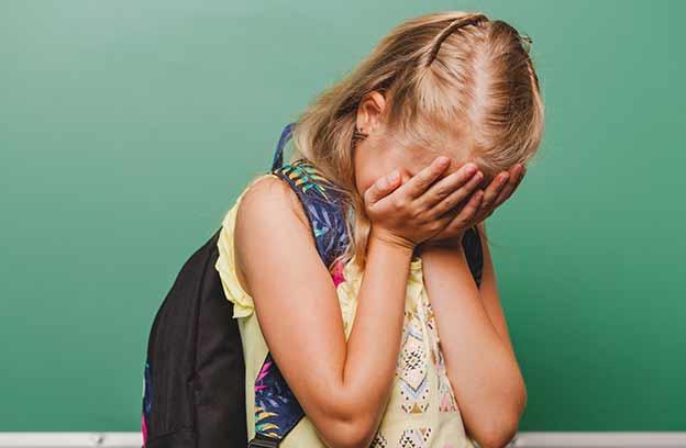 ילדים שננטשים רגשית על ידי ההורים שלהם - יש לזה השלכות עתידיות