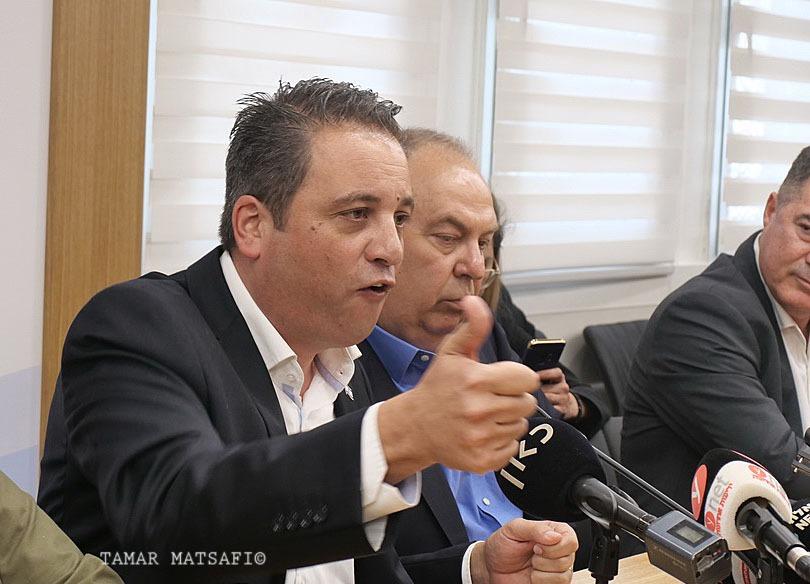 """עו""""ד רועי כהן נשיא להב"""