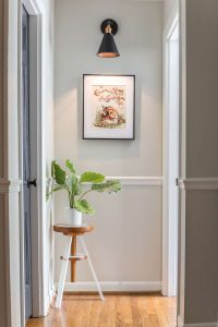 piano-stool-plant-stand-1-of-6