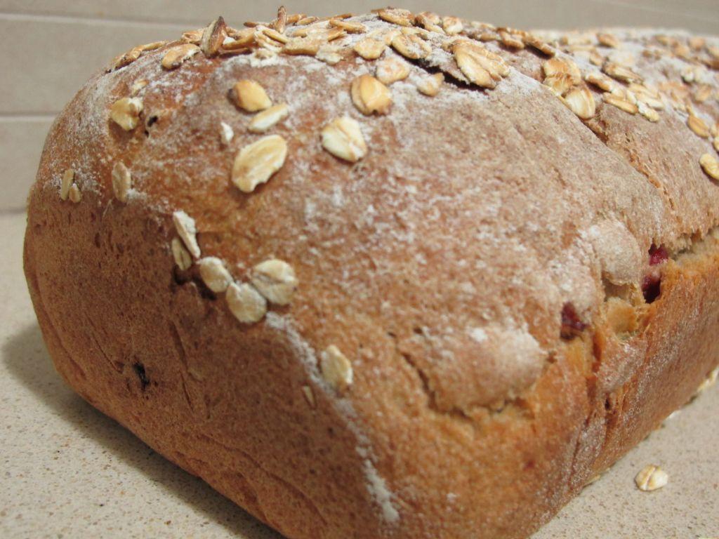 לחם 2