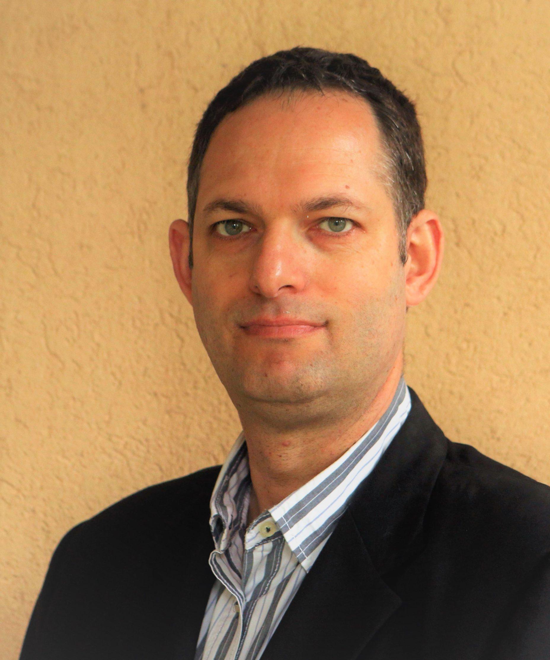 תבור גולדמן, עורך דין נוטריון ומגשר