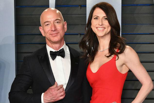 ג'ף בזוס ומקנזי צילום Dia Dipasupil/Getty Images