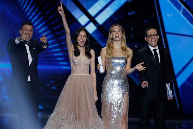 בר, לוסי, ארז ואסי  הנחייה שהיא תענוג. צילום: Michael Campanella/Getty Images