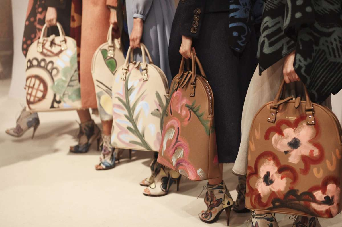 resized_Backstage at the Burberry Prorsum Womenswear Autumn_Winter 2014 Show in Londo_005