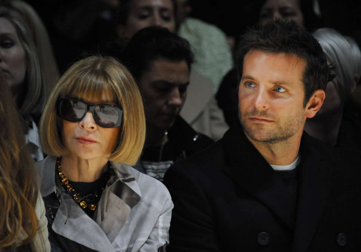 resized_Anna Wintour and Bradley Cooper at the Burberry Prorsum Womenswear Autumn_Winter 2014 Show in Londo_001