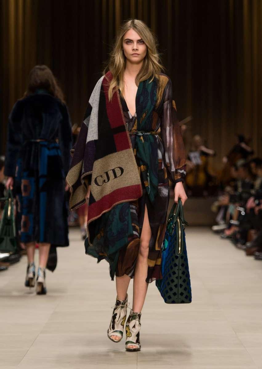 resized_Burberry Prorsum Womenswear Autumn_Winter 2014 - Look 51