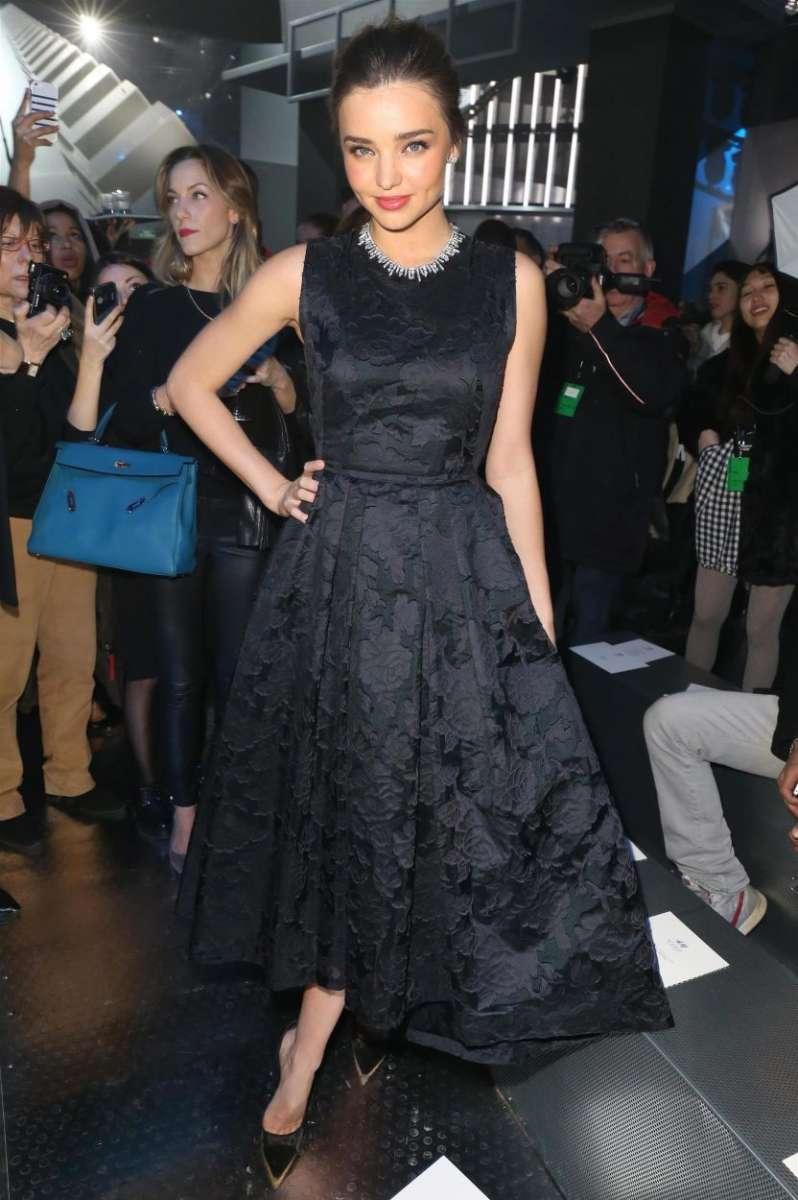 resized_hm-fashion-show-miranda-kerr-wearing-hm