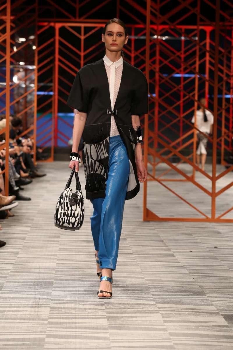 IMGשבוע האופנה גינדי תל אביב שנערך בקניון האופנה העתידי tlv fashion mall צילום אבי ולדמן מיסוני אביב קיץ 2014 _0165_resize_resize