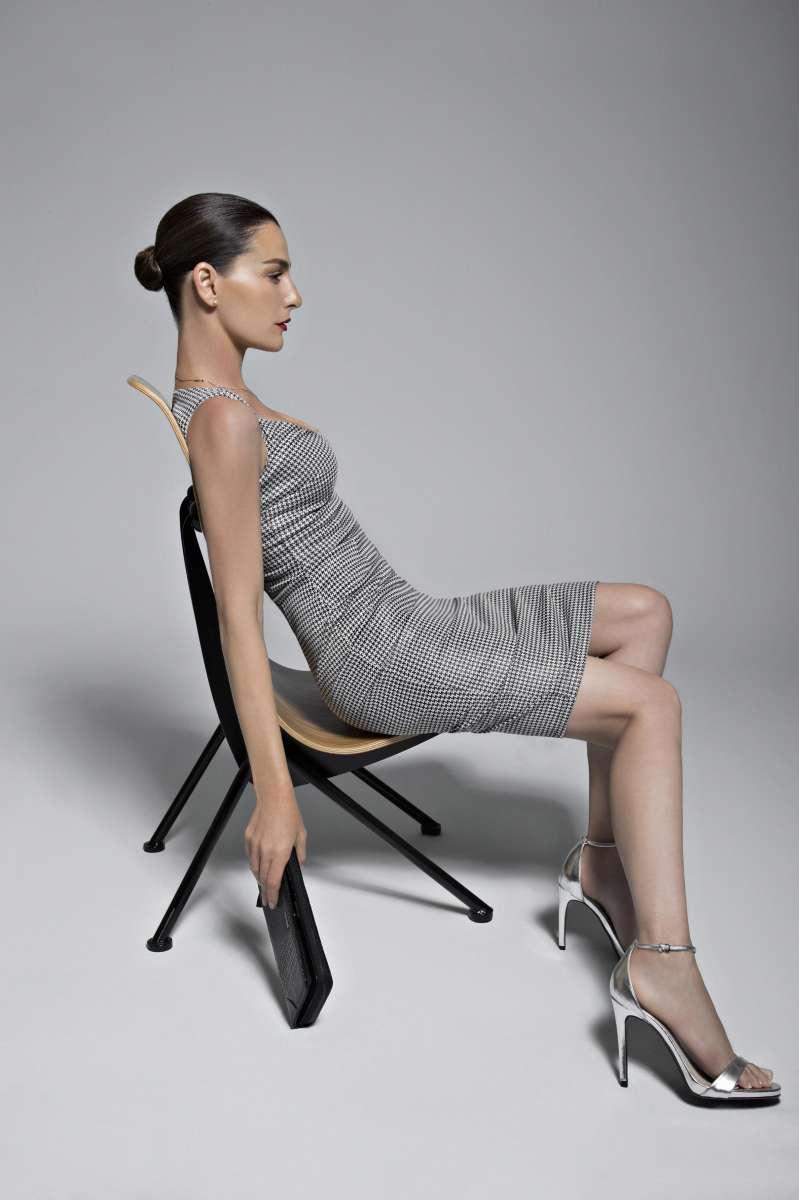 גולברי שמלה 229.90₪ , תיק 139.90₪ צילום יניב אדרי (83)