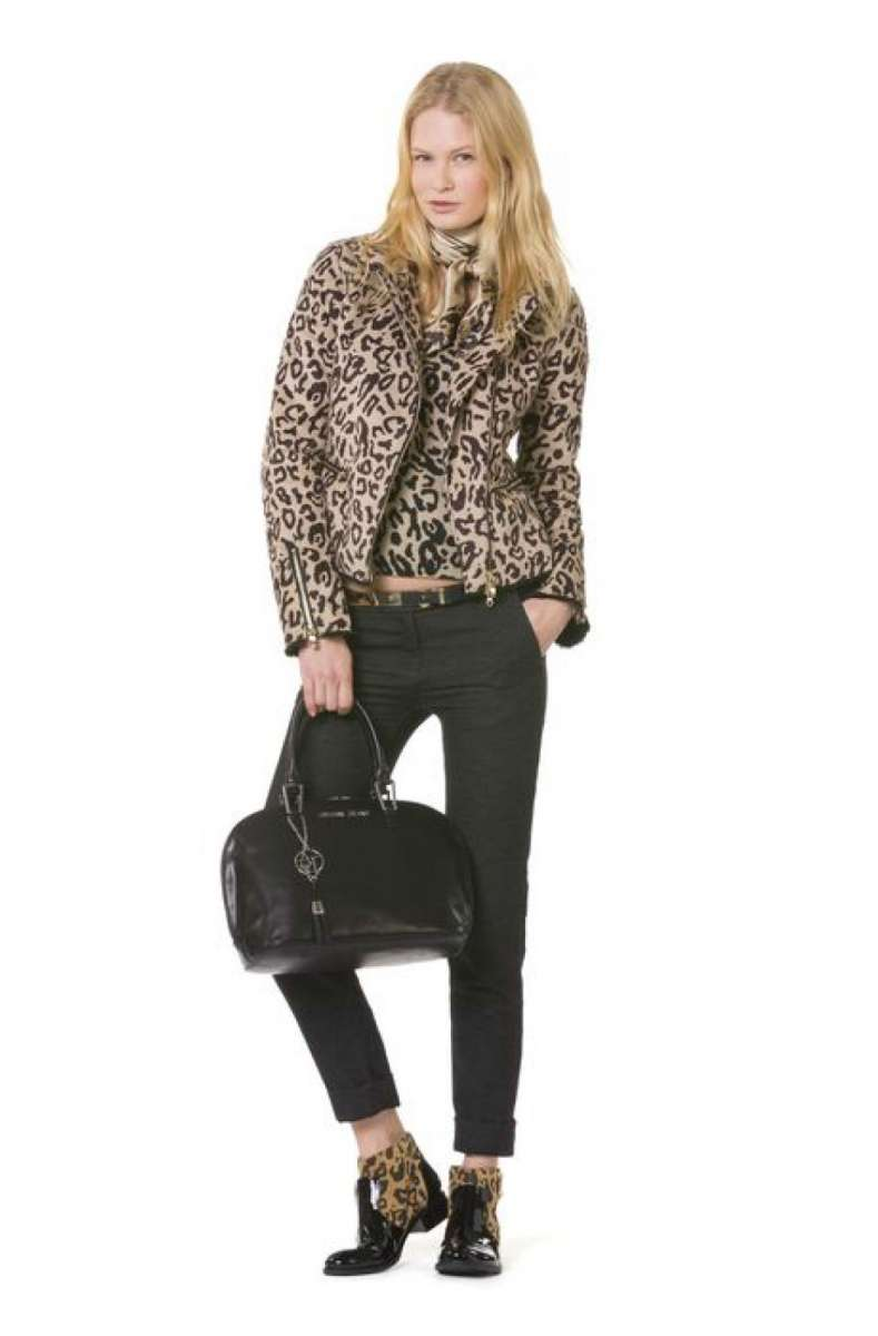 resized_Factory 54 Armani Jeans shirt 490 jacket 3790 boots 1490 nis photo pr_63