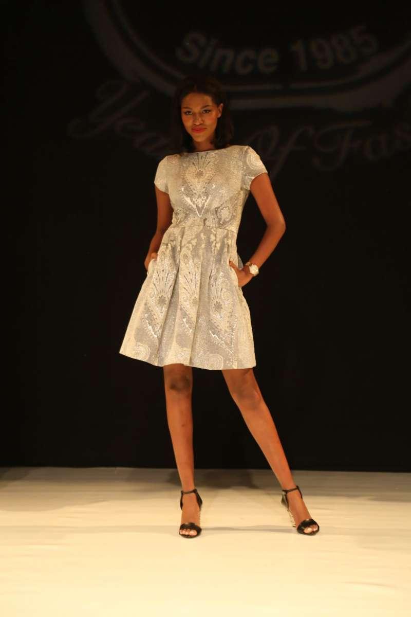 resized_תצוגת אופנה של סיליז למען קרן המשאלות של גילה אלמגור. טיטי איינהו. צילום אבי ולדמן (7)