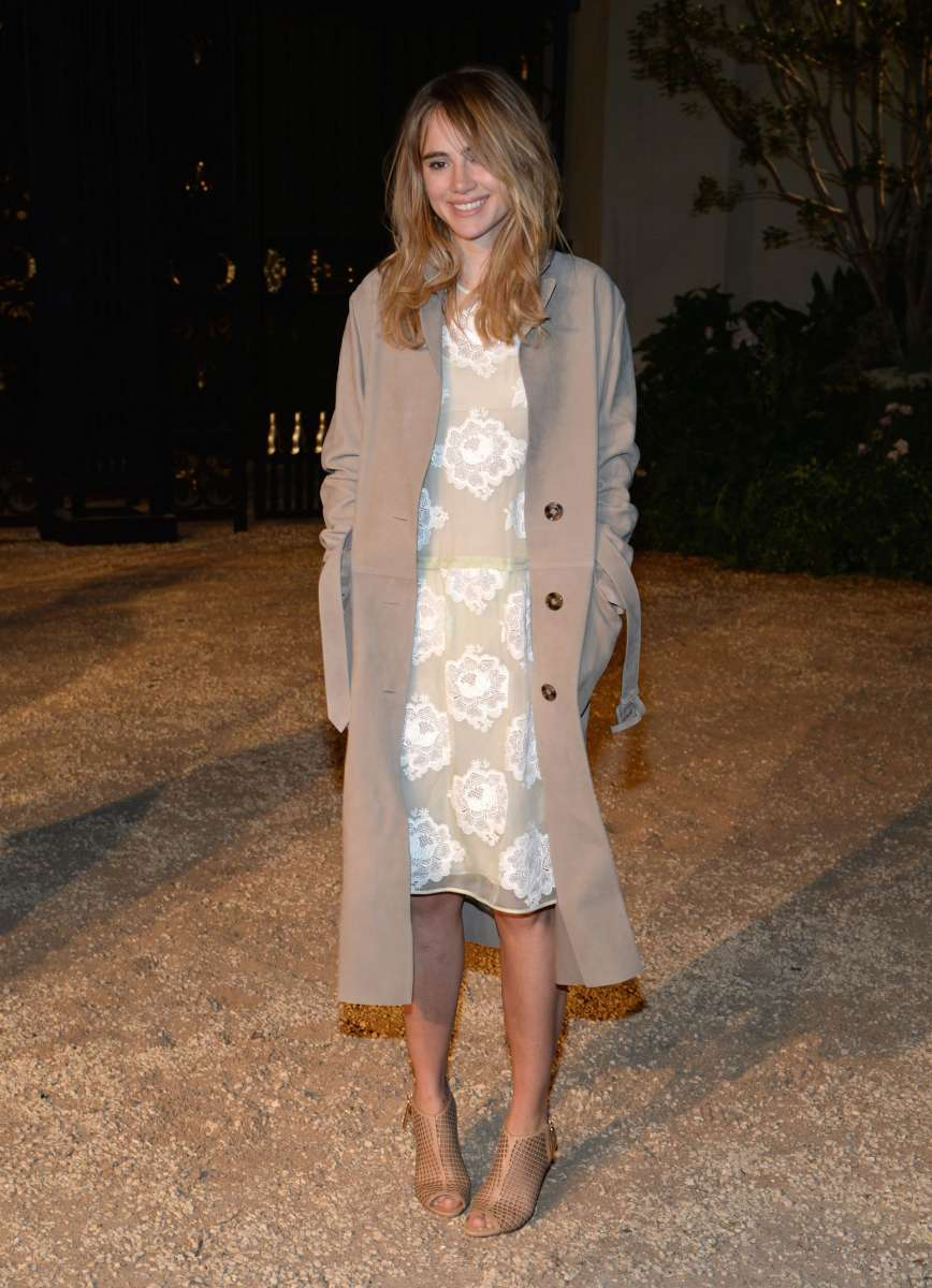 resized_Suki Waterhouse wearing Burberry at the Burberry _London In Los Angeles_ event.