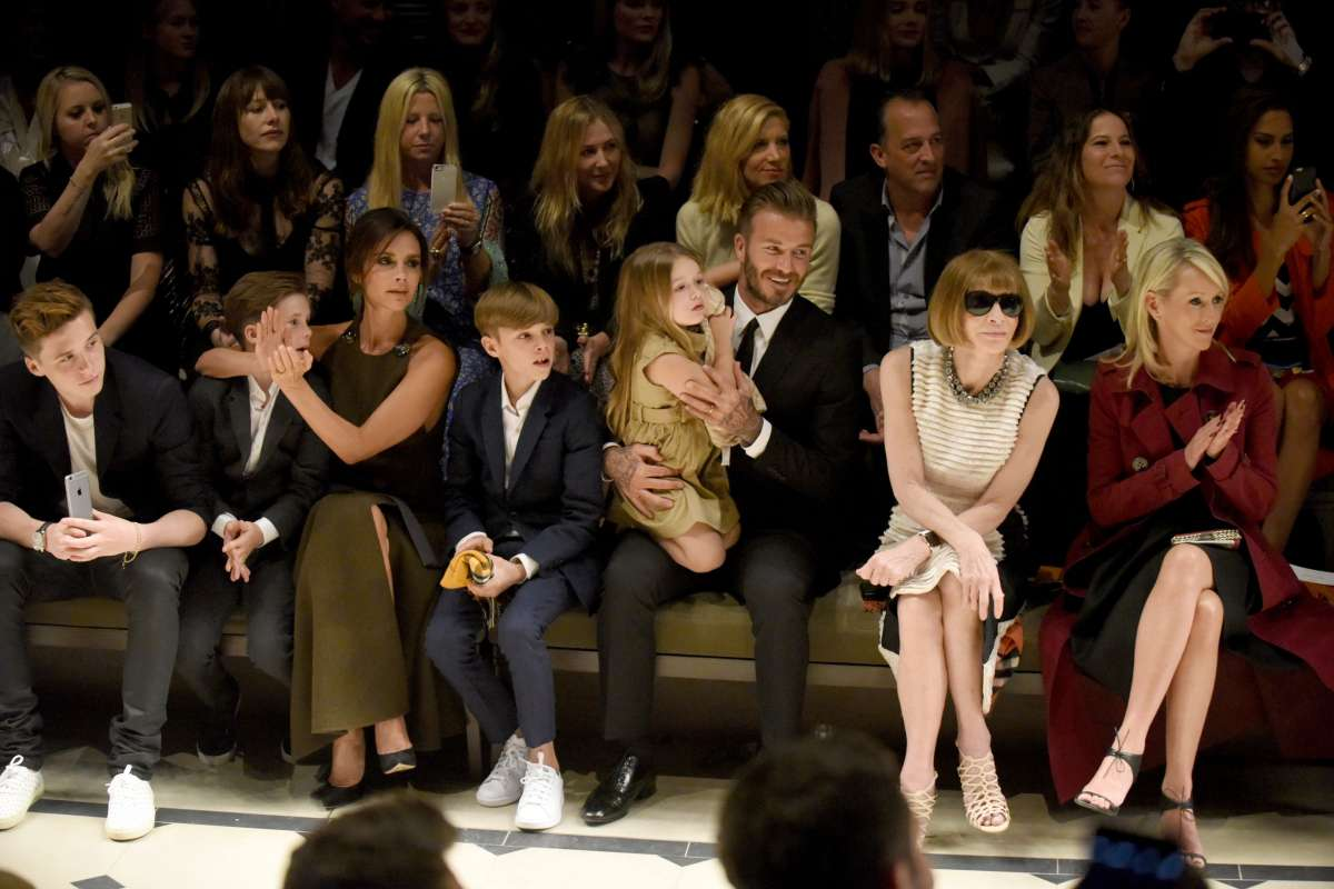resized_The Beckham family and Anna Wintour on the front row at the Burberry _London In Los Angeles_ event.