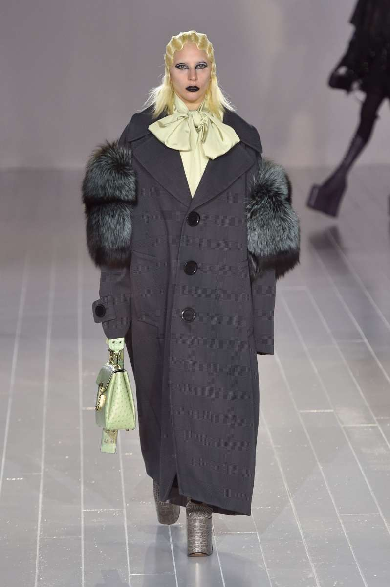 resized_Lady Gaga in the Marc Jacobs show