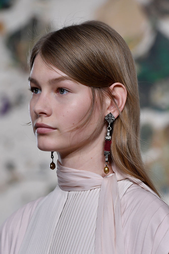 Valentino : Runway - Paris Fashion Week - Haute Couture Spring Summer 2017